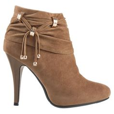 Stylish Women Footwear