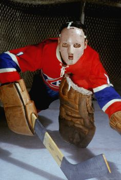 Jacques Plante's goalie mask, which he first wore at New York's Madison Square Garden on Nov. Plante is known as the player who popularized the goalie mask, though Clint Benedict of the Montreal Maroons was the first to wear one. Montreal Canadiens, Mtl Canadiens, Hockey Goalie, Hockey Teams, Hockey Players, Hockey Stuff, Nhl, Hockey Pictures, Goalie Mask