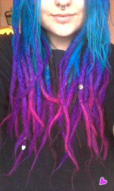 OMG THIS COLOR! <3333n Such beautiful Blue purple pink natural dreads