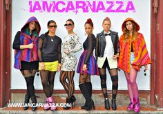 i love IamCarnazza hoodies!