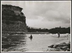 Trout fishing, Tongariro River / Alexander Turnbull Library