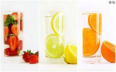 http://comienzohoy.com/06/agua-de-frutas-mi-refresco-favorito/  Elabora tu agua de frutas, riquísima en verano!