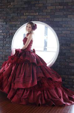 dress ball gown  http://www.inews-news.com/women-s-world.html#.WPRW9fkrLRY
