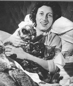 Anna Magnani with Her cats