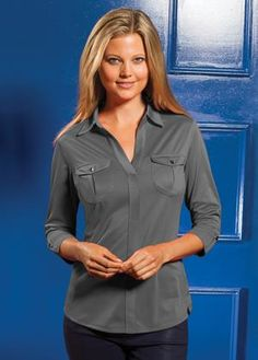 OGIO® PEARL LADIES' POLO. LOG115 8.3-oz, 100% polyester tricot with stay-cool wicking technology; 100% polyester rib side panels. Self-fabric collar. Open placket. Front left and right pockets. Pleat at back yoke. Tagless. Silicone signature logo loop label at front left hem. For more information, competitive pricing and ordering details contact: ww.Fivetwentyfour.ca   #promotionalproducts