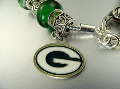 Green Bay Packers Logo European Charm glass bead Bracelets (hmm wonder if I could get only the charm...)