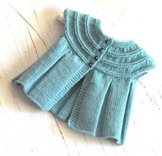 Baby top with or without sleeves P074 por OgeDesigns en Etsy