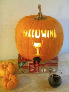 Make a combination wine cooler/jack-o-lantern! #halloween