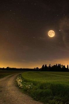 Moon time ~ 12 o´clock, Nachthimmel, by CFO Beautiful Moon, Beautiful World, Beautiful Places, Beautiful Pictures, Stars Night, Ciel Nocturne, Shoot The Moon, Moon Photography, Belle Photo