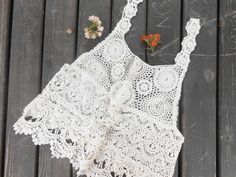 Halter Neck White Lace Top perfect for festival season –  Ivory lace blouse, white lace – a unique product by Nazcollections via en.dawanda.com