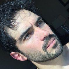 Alfonso Herrera News (@ponchoherreranews) • Fotos y vídeos de Instagram