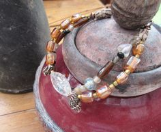 """""""Soupirs De Rêve"""" : un bracelet contemporain 2 rangs avec pâtes de verre moirées .... : Bracelet par les-reves-de-minsy"""