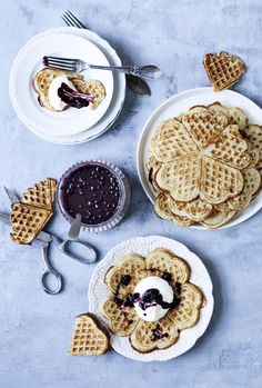 Blueberry waffles by Line Thit Klein