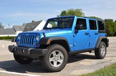 This blue 2010 Jeep Wrangler Unlimited Rubicon is great if you need a start out car! It has style and can keep people safe! Blue Jeep Wrangler, 2010 Jeep Wrangler Unlimited, Jeep Truck, Rubicon, Future Car, Cool Trucks, Car Car, Dream Cars, Monster Trucks