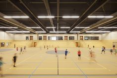 For the design of this community centre Spring and MoederscheimMoonen architects worked closely with the municipality of Dalfsen. A small community in the No...