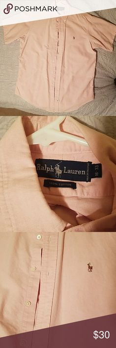 🔥HP🔥Ralph Lauren Pink Buttondown Shirt Like New Is a light pink Ralph Lauren short sleeve button down shirt, 100% cotton. In like new condition only worn 1 time. Buttons in perfect condition with no stains or signs of wear.  Perfect summer/spring shirt. Short sleeves but dressy, great for summer business casual. Ralph Lauren Shirts Casual Button Down Shirts