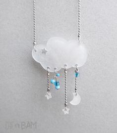 collier ras de cou aux airs de rêverie :)nuage, lune et étoiles en plastique dingue* chaine billes fine argentée et perles miyuki . pièce unique !