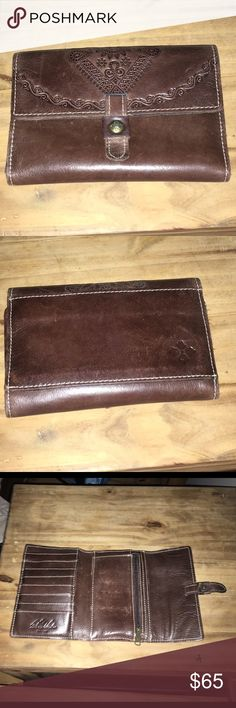 Patricia Nash Wallet Brown leather gorgeous wallet. Patricia Nash Bags Wallets