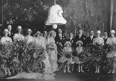 Cornelia Vanderbilt's wedding on April 29, 1924 was a modern American fairytale #wedding. #Biltmore