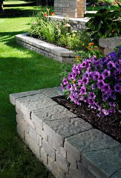 There are lots of affordable backyard landscaping ideas you can look into. For a backyard landscape upgrade, you need not spend so much cash. Front House Landscaping, Landscaping Retaining Walls, Garden Paving, Backyard Patio Designs, Garden Yard Ideas, Lawn And Garden, Backyard Landscaping, Patio Ideas, Michigan Landscaping