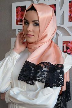 Lisa Shawl from Womanity Shop | Hashtag Hijab