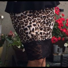 💥HP 1/28/16 Sexy leopard skirt 💋 Brown and black animal print skirt with lace💋. This skirt is absolutely sexy and gorgeous! Fits like a dream!   95% polyester 5% spandex.  HOT!💋 size Small. 💠FINAL PRICE💠 Boutique Skirts