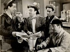"The Bowery Boys: Leo Gorcey (""Slip""), Huntz Hall (""Sach""), Bobby Jordan (""Bobby""). Spent my Saturday mornings watching these reruns. Loved this show. Classic Tv, Classic Movies, Classic Comedies, Classic Hollywood, Old Hollywood, Leo Gorcey, Movie Stars, Movie Tv, The Bowery Boys"