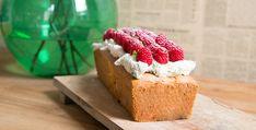 Recept: Yoghurtcake met frambozen, marcarpone en basilicum - Koopmans.com