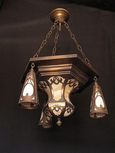 Craftsman style Found on a Craftsman site: Actually reminds me of Art Deco. Craftsman Interior, Craftsman Style Homes, Craftsman Bungalows, Craftsman Furniture, Antique Lamps, Antique Lighting, Crystal Lights, Glass Lights, Crystal Chandeliers