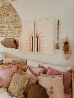 Love + Grey home decor Boho Living Room, Living Room Decor, My New Room, My Room, Grey Home Decor, Home Decor Shops, Home And Deco, Home Decor Inspiration, Home Interior Design