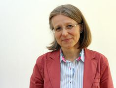 Seit März 2014 hat Monika Dannerer eine Professur für Germanistische Sprachwissenschaft am Institut für Germanistik inne. Ihre Forschungsinteressen bewegen sich im breiten Feld der synchronen und angewandten Sprachwissenschaft. Faces, Learning, School, Style, Self, Research, Language, Swag, Studying