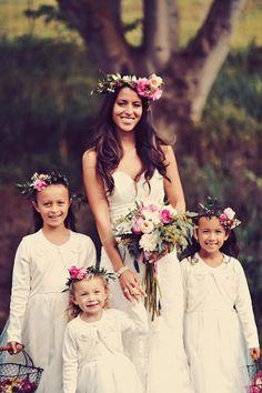 #halo-wreath, #flower-crown  Photography: Tamiz Photography - tamizphotography.com  Read More: http://www.stylemepretty.com/2014/08/29/boho-chic-maui-wedding/