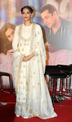 Sonam Kapoor at trailer launch of 'Prem Ratan Dhan Payo'. #Bollywood #PremRatanDhanPayo #PRDP #Fashion #Style #Beauty #Desi #Ethnic