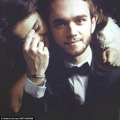 Selena gomez e Zedd lançaram uma nova musica chamada I WANT YOU TO KNOW. Escutem a musica no link a baixo,eu ouvi e recomendo. https://www.youtube.com/watch?v=67qworViFpY