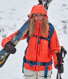 The lofoten Gore-Tex Pro Ski Jacket is made with an extremely durable GORE-TEX® Pro membrane. The jacket is set for dramatic terrain and extreme weather. It is without a doubt the number one choice for the freeride skier. Pants For Women, Jackets For Women, New Pant, Lofoten, Gore Tex, Skiing, Rain Jacket, Windbreaker, Fashion