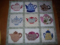 Teapots quilt...if only I could sew
