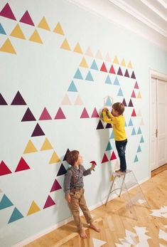 ZNAK's new Mosaic wall decals designed by Martins Ratniks are smarter than plain old wall decals. Consisting of consists of different colorful self-adhesive pieces of wallpaper and a stencil, you can arrange them into tons of different configurations to m Mosaic Wallpaper, Of Wallpaper, Amazing Wallpaper, Wallpaper Ideas, Triangle Wall, Triangle Pattern, Old Wall, Geometric Wall, Geometric Patterns