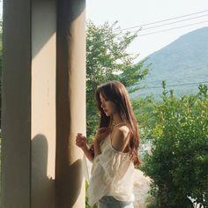 Pretty Korean Girls, Cute Korean Girl, Asian Girl, Blackpink Fashion, Ulzzang Fashion, Korean Fashion, Korean Girl Photo, Cute Girl Photo, Girl Korea