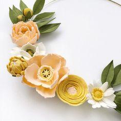 Peach and Yellow Felt Flower Hoop, Peony Felt Flower Wreath, Nursery Decor, Bridal Shower Decor, Ba Felt Roses, Felt Flowers, Diy Flowers, Fabric Flowers, Poppy Flowers, Paper Roses, Felt Diy, Felt Crafts, Felt Flower Wreaths