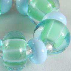artisan glass lampwork beads handmade by Gina M. DeStevens gmdlampwork.com