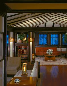 I had the honor of living in this amazing 1903 Frank Lloyd Wright home (The Edwin Cheney House) in the mid 1970's. A great work of art!