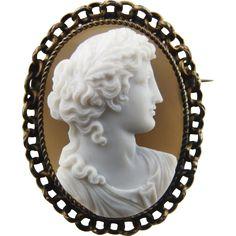 Victorian Agate Cameo Brooch. Circa 1860s-1880s