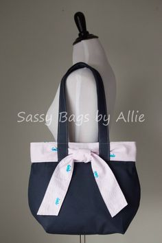 Items similar to Nautical Canvas Handbag with Pink Seersucker Tie-Navy Blue Canvas Purse-Turquoise Embroidered Crabs-Medium Bag on Etsy Nautical Canvas, Blue Canvas, Diy Tote Bag, Diy Bags, Fabric Handbags, Canvas Handbags, Diaper Bag Purse, Canvas Purse, Cute Bags