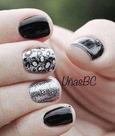 Nails diseñadas en shellac con polímeros aditivos! Hermosas verdad! Manicurista Sandra Badilla