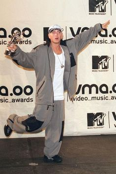Eminem Dr Dre, Eminem Wallpapers, Bae, Eminem Photos, The Real Slim Shady, Eminem Slim Shady, Rap God, Father Figure, Maisie Williams