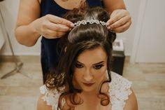 Como escolher a grinalda ideal para seu casamento? Boho, Eyes, Beauty, Dress Wind, Stylish Hairstyles, Dress Wedding, Engagement, Beleza, Bohemian