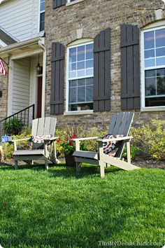 Got a small front porch like me? Try moving it to the front lawn! I did using #adirondack chairs. #frontporch