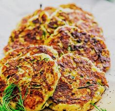 Vegan Vegetarian, Vegetarian Recipes, Danish Food, Zucchini, Easy Healthy Recipes, Health Remedies, Vegetable Pizza, Food Porn, Food And Drink