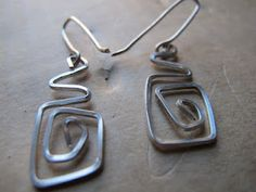 Naomi's Designs: Handmade Wire Earrings