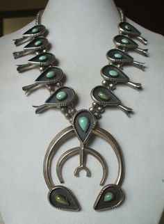 Huge and Heavy Gauge Vintage NAVAJO Sterling Silver & Turquoise SQUASH BLOSSOM Necklace